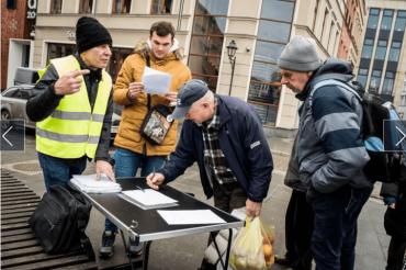 Zbieranie podpisów 2.02 Bydgoszcz